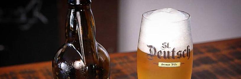 Garrafa para controlar a espuma da cerveja