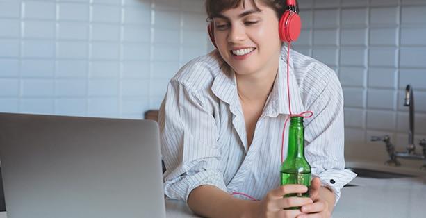 7 dicas para fazer um happy hour virtual
